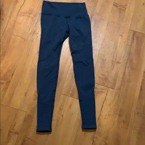 blue ALPHALETE yoga Leggings SMALL
